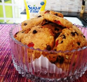 sugar-free-oats-cranberry-and-blackcurrent-cookies
